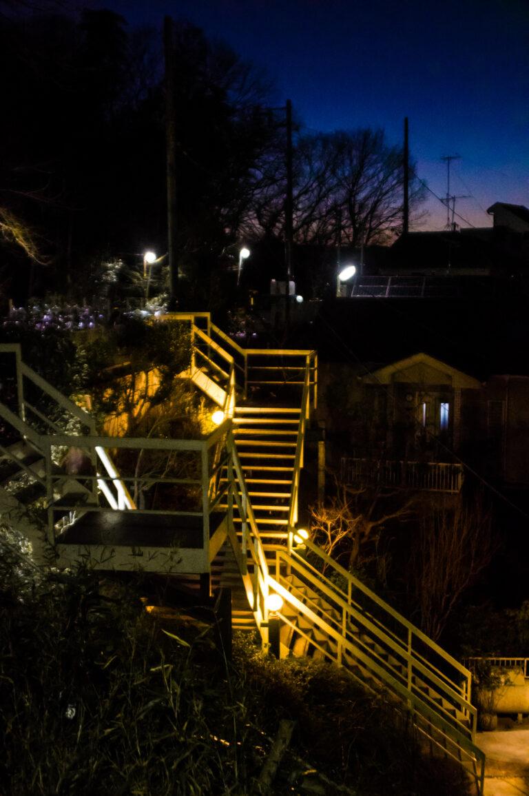 高感度が売りのPENTAX KPで夜の町を撮影